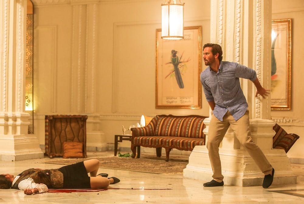 Кадр из фильма «Отель Мумбаи: Противостояние»