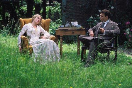 http://www.film.ru/img/afisha/NVRLN/450/05.jpg