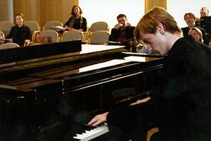 Кадры: Пианист