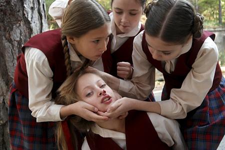 девочка трахается в школе с учителем