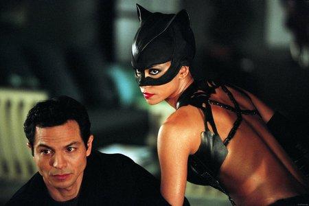 фото из фильма женщина кошка