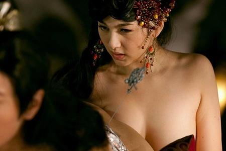Больших сисек фильм про секс китайский