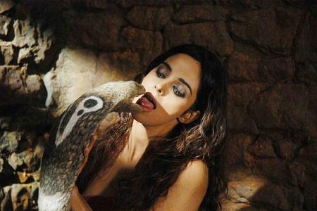 Женщина секс змея