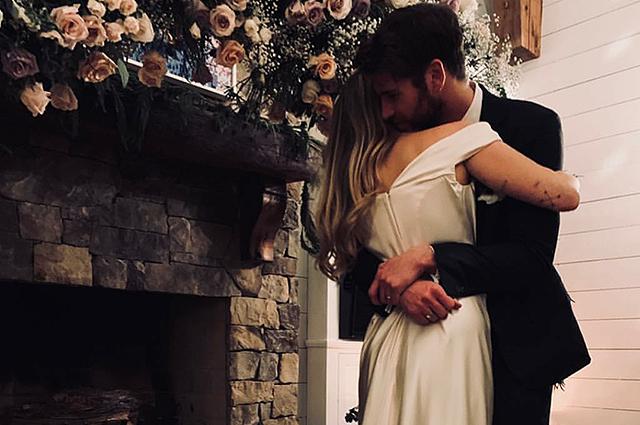 Майли Сайрус и Лиам Хемсворт сыграли тайную свадьбу