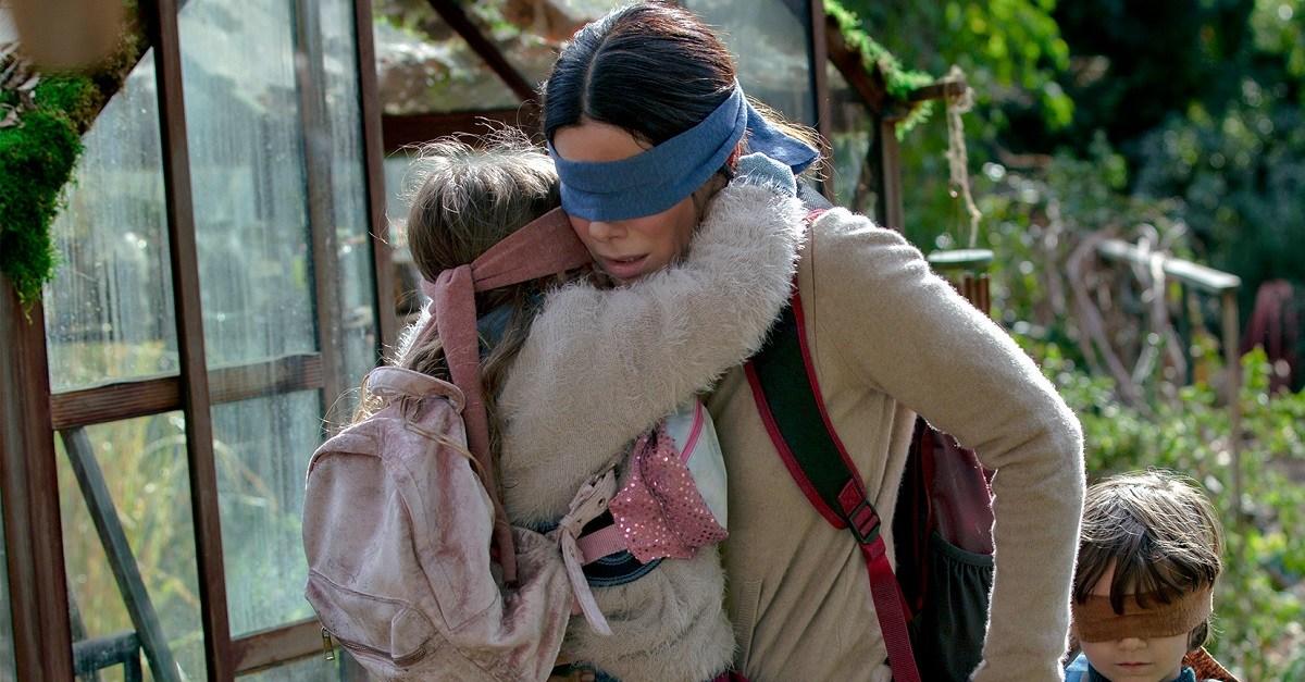 Сандра Буллок на кадрах из триллера «Птичий короб»
