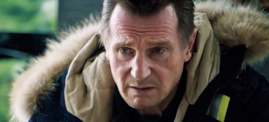 Лиам Нисон на кадре из экшен-триллера «Снегоуборщик»
