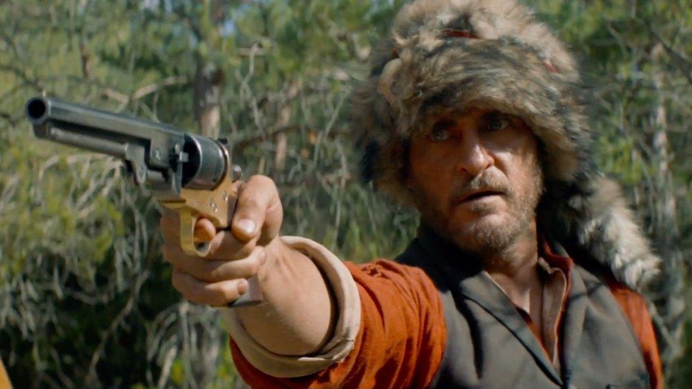 Хоакин Феникс в финальном трейлере вестерна «Братья Систерс»