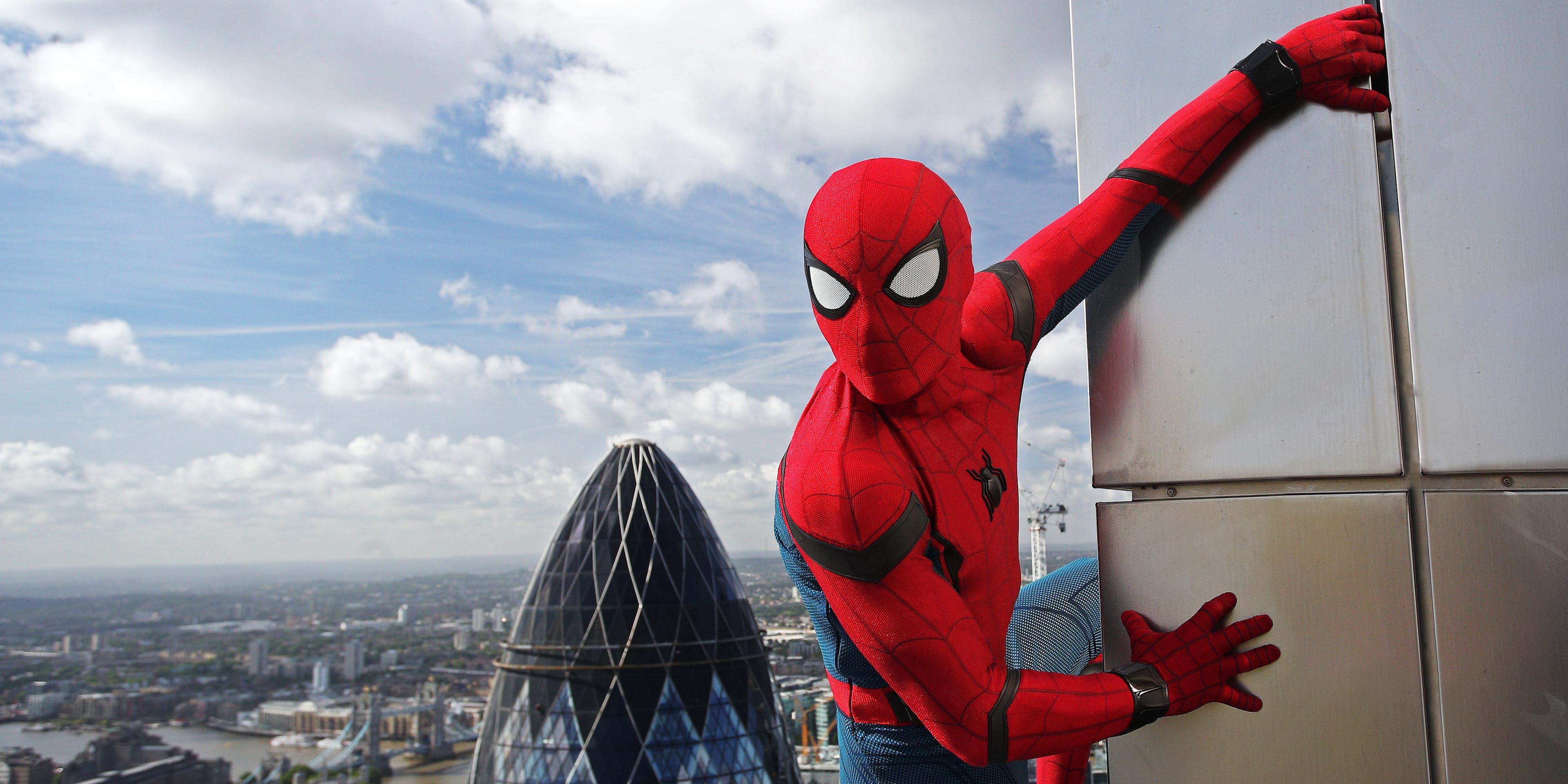 Майкл Джаккино поделился новой версией саундтрека к «Человеку-пауку»