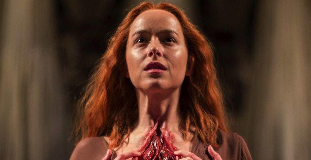 Дакота Джонсон во втором трейлере хоррора «Суспирия»