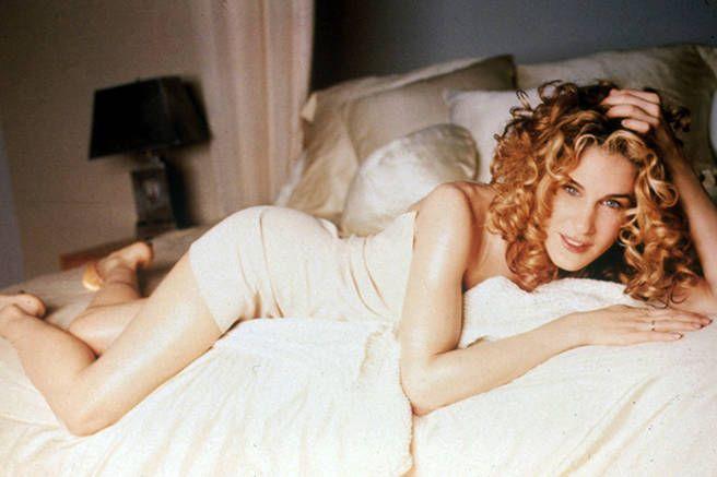 Раздевается кино девочек секс
