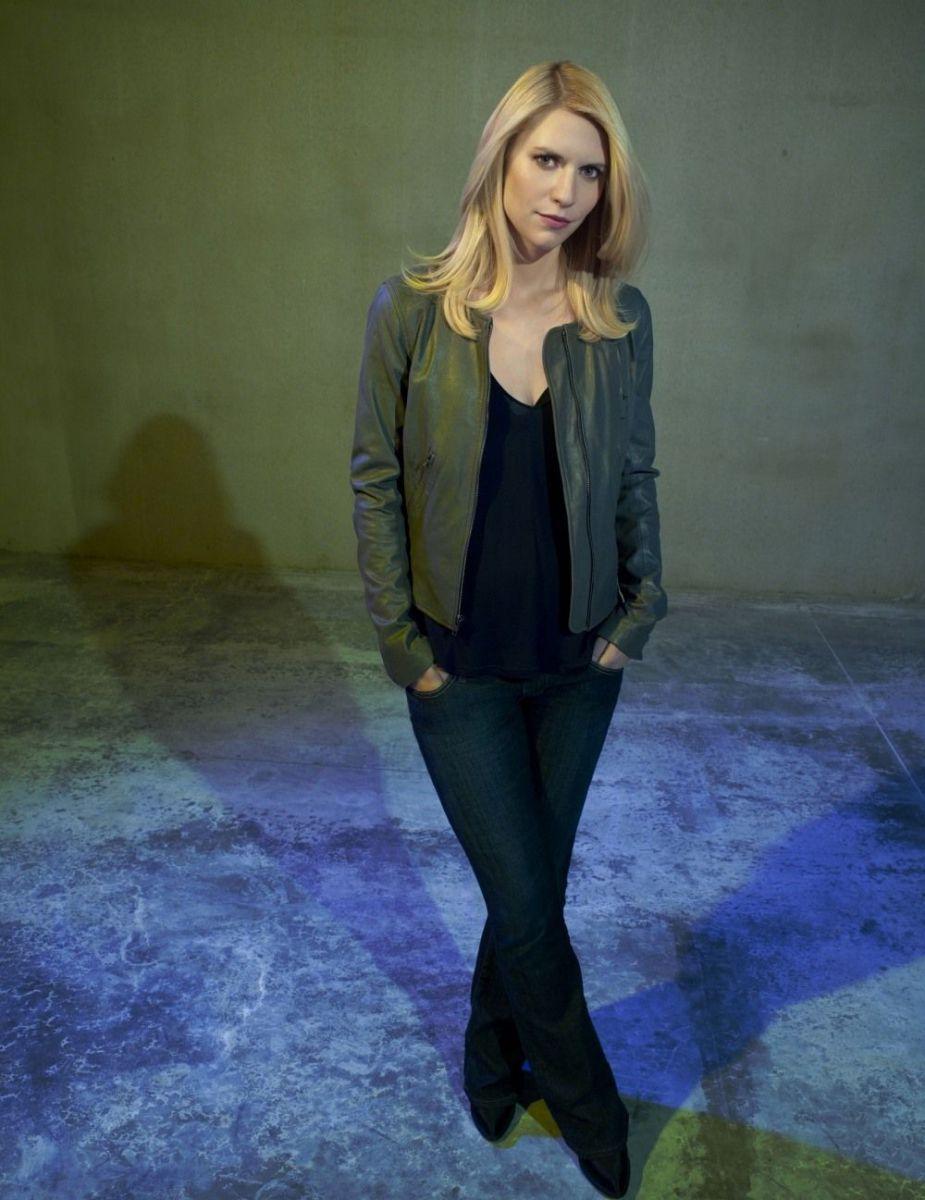 Актриса которая снималась с менди брайт