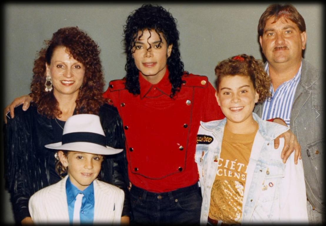 Майкл Джексон и семья Робсонов в США
