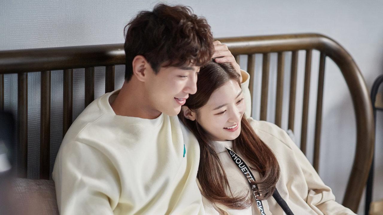 Кан Тхэ‑о в роли Чой Хуна на кадре из сериала «Моя первая первая любовь»