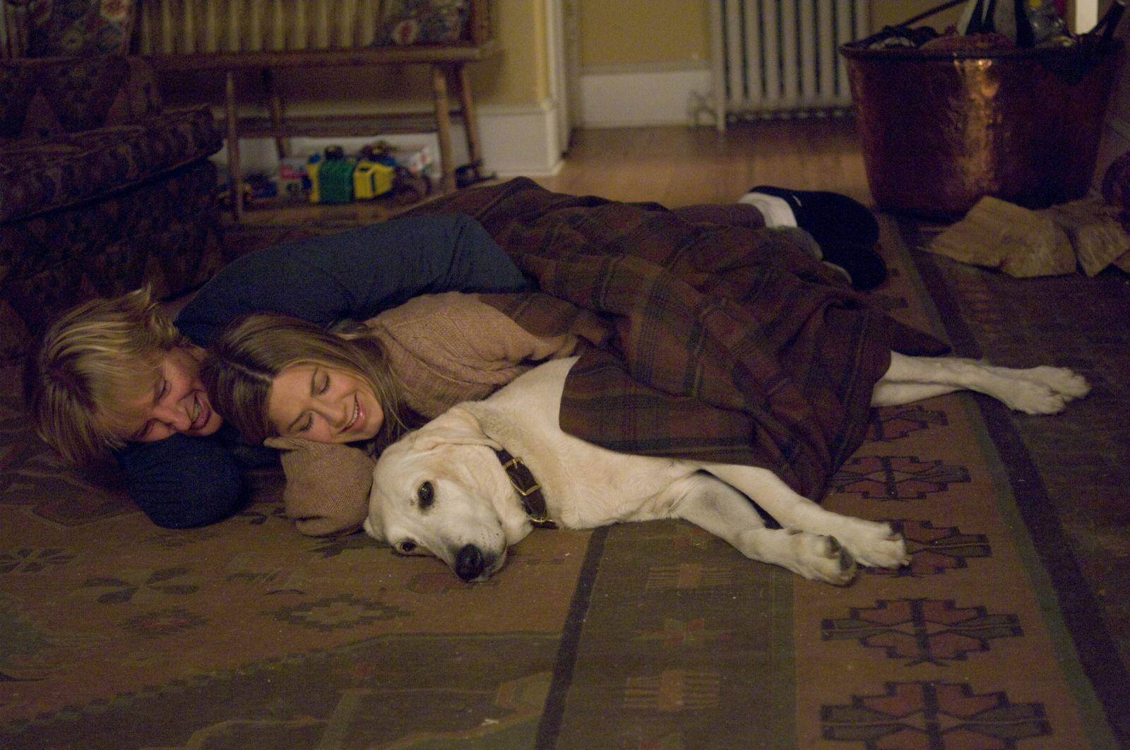 Дженнифер Энистон в роли Дженни на кадре из фильма «Марли и я»