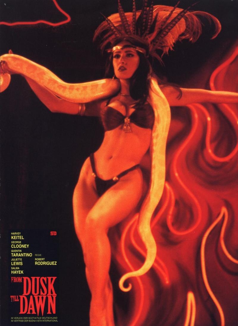 Эллен Юуизи Танцует Стриптиз – Мастера Ужасов (2005)