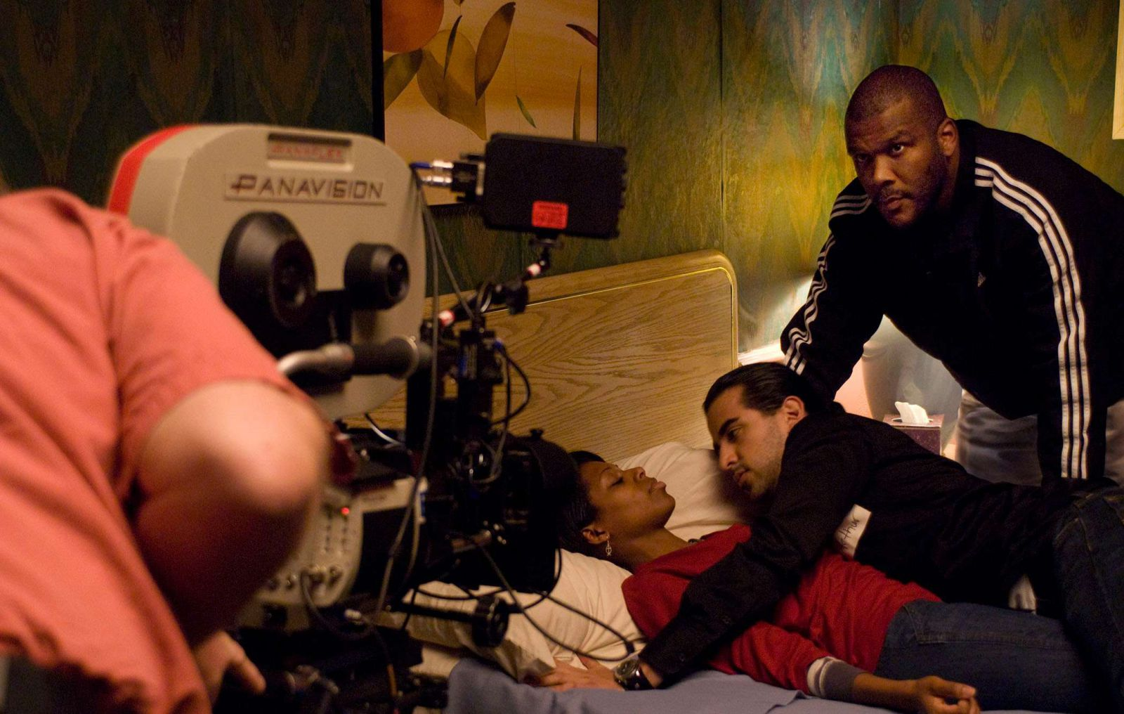 """Tyler Perry on the set of the film """"Made in prison"""""""