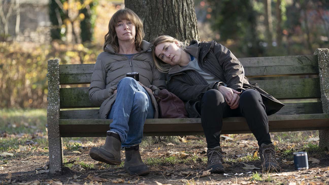 Кейт Уинслет в роли Мейр Шиэн на кадре из сериала «Мейр из Исттауна»