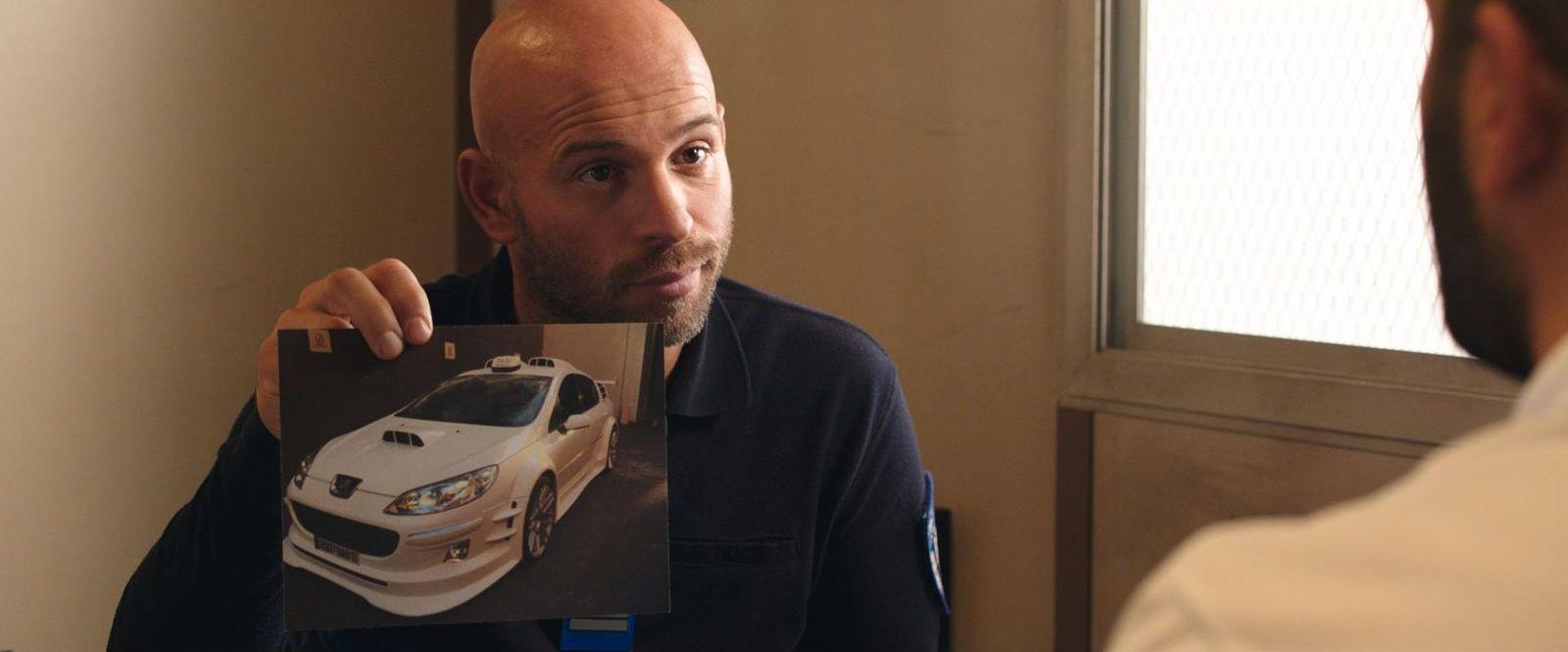 Кадр из фильма «Такси 5»