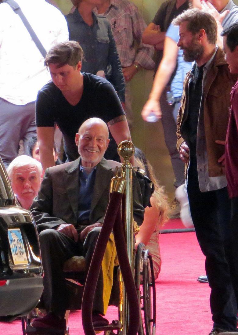 """Патрик Стюарт и Хью Джекман на съемочной площадке фильма """"Логан"""""""