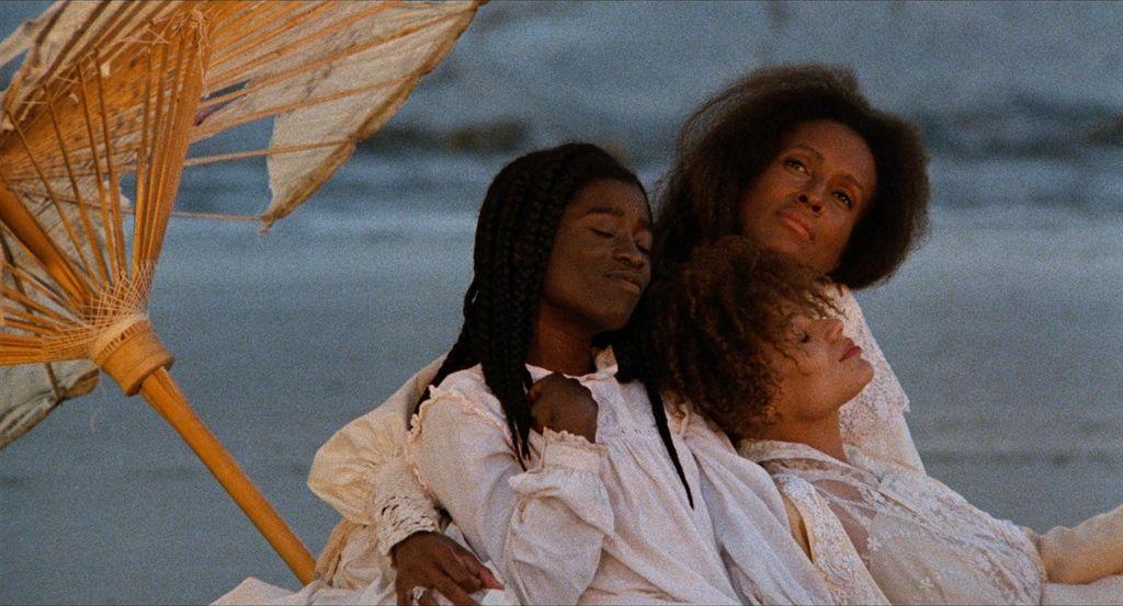 Кадр из фильма «Дочери пыли»