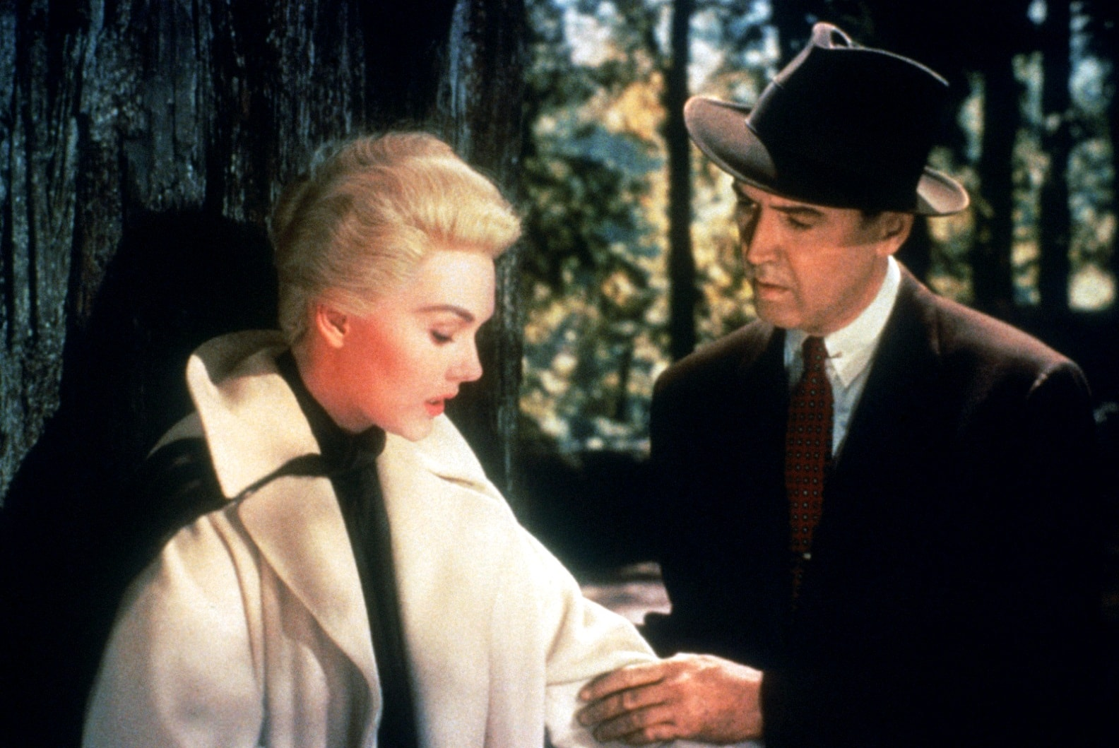 alfred hitchcock movie review Thursday july 11 at 7pm vertigo directed by alfred hitchcock with james stewart, kim novak, barbara bel geddes us 1958, 35mm, color, 120 min hitchcock's grand enigma was recently enshrined as the greatest film of all time in the british film institute's respected survey, infamously displacing citizen kane for the first time in fifty years.