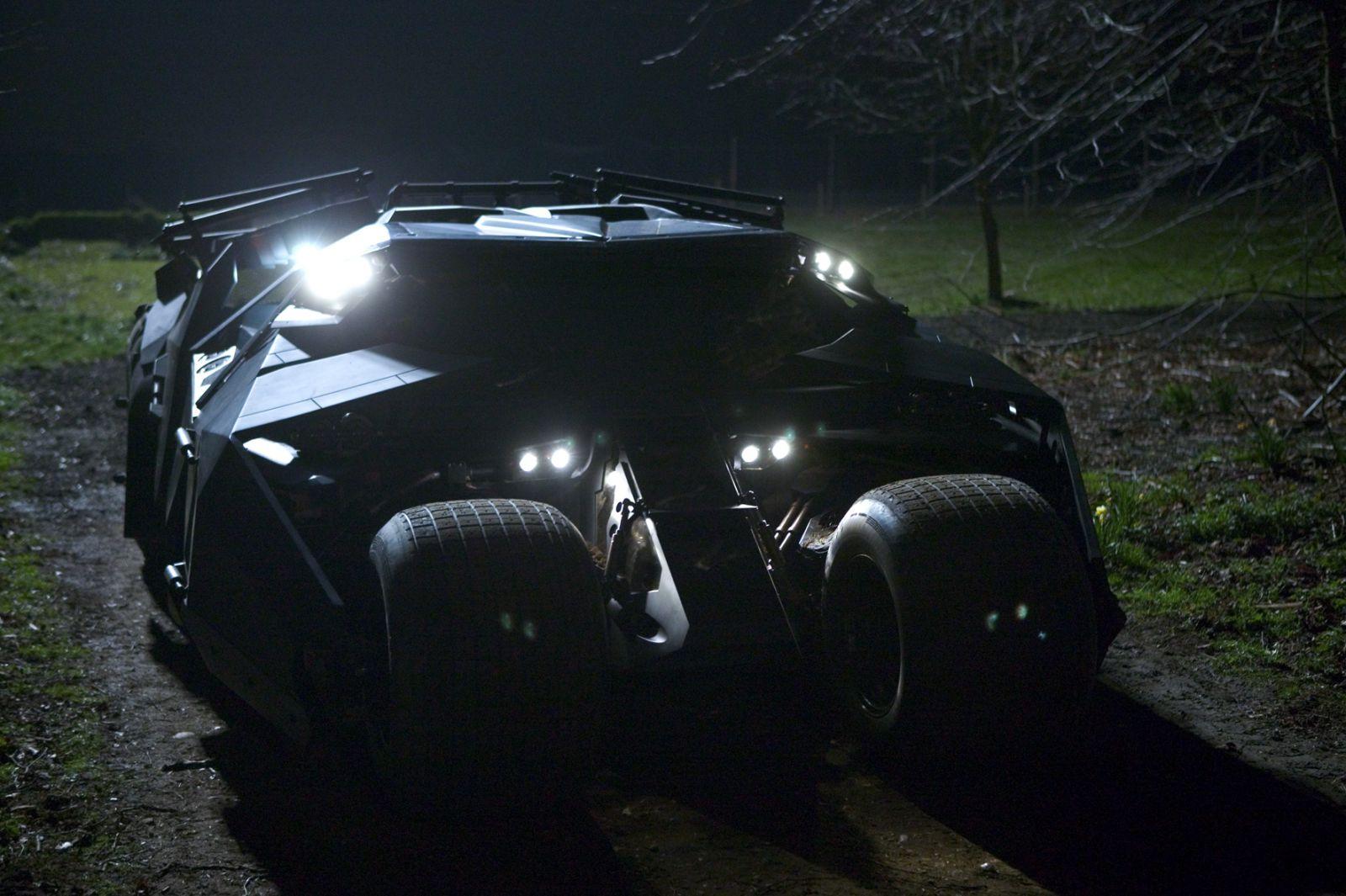"Кадр из фильма ""Бэтмен: Начало"""