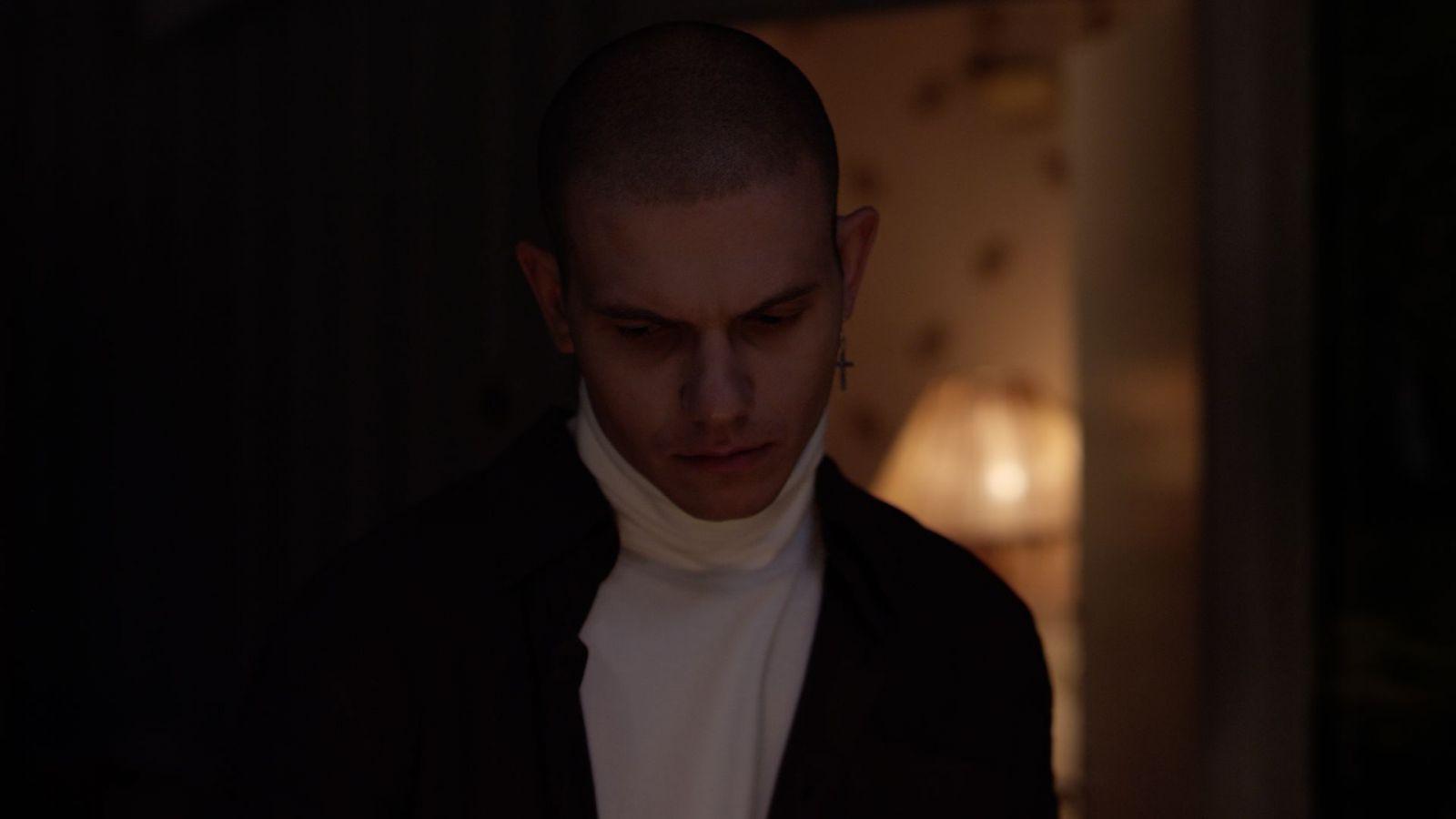 Кадр из фильма «Сложноподчиненное»