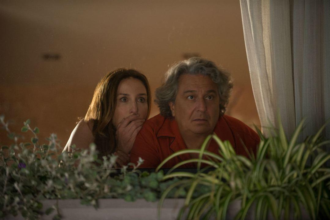 Рецензия на фильм «Безумные соседи»