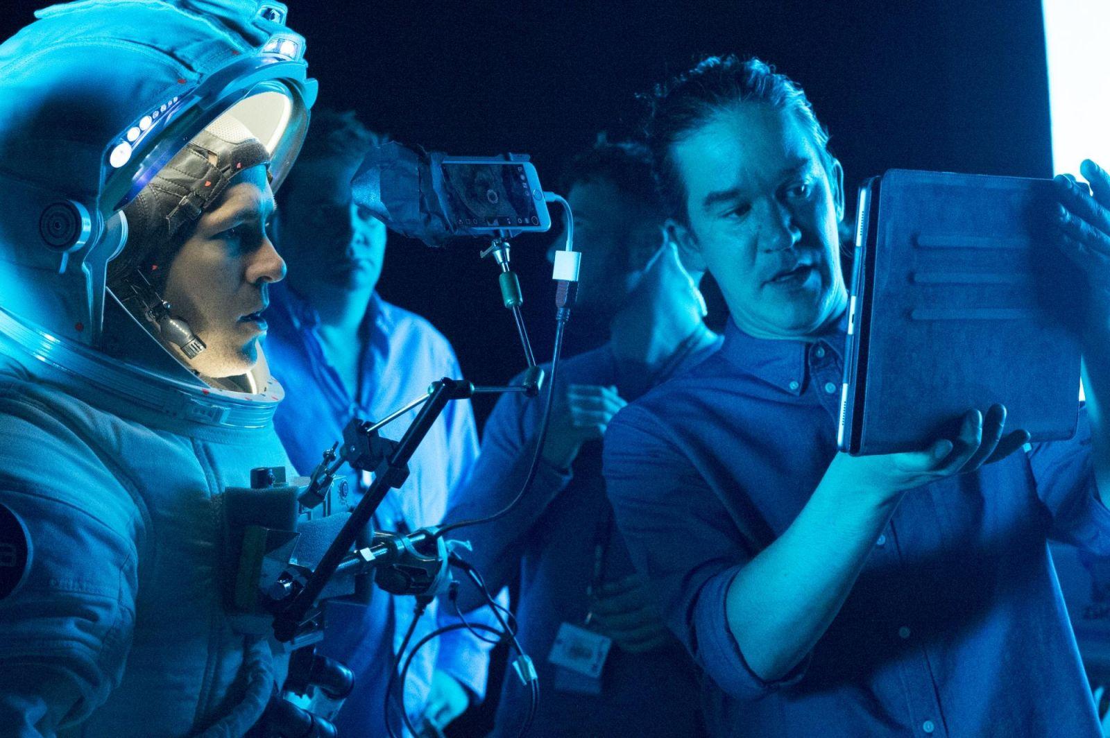 """Райан Рейнольдс и Даниель Эспиноса на съемочной площадке фильма """"Живое"""""""