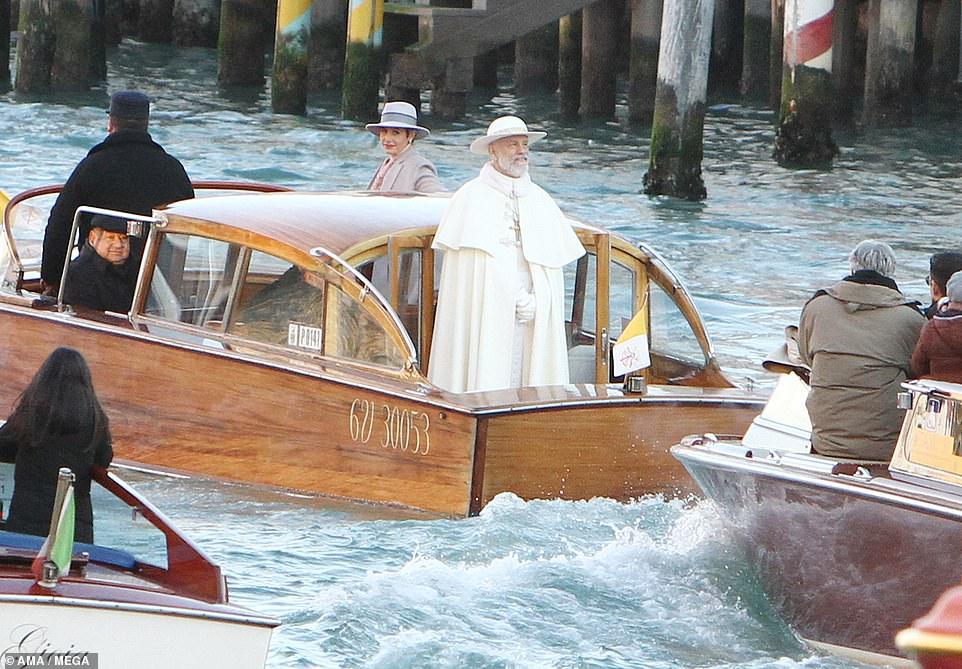 Винтернете опубликовали 1-ый эпизод продолжения сериала «Молодой Папа»