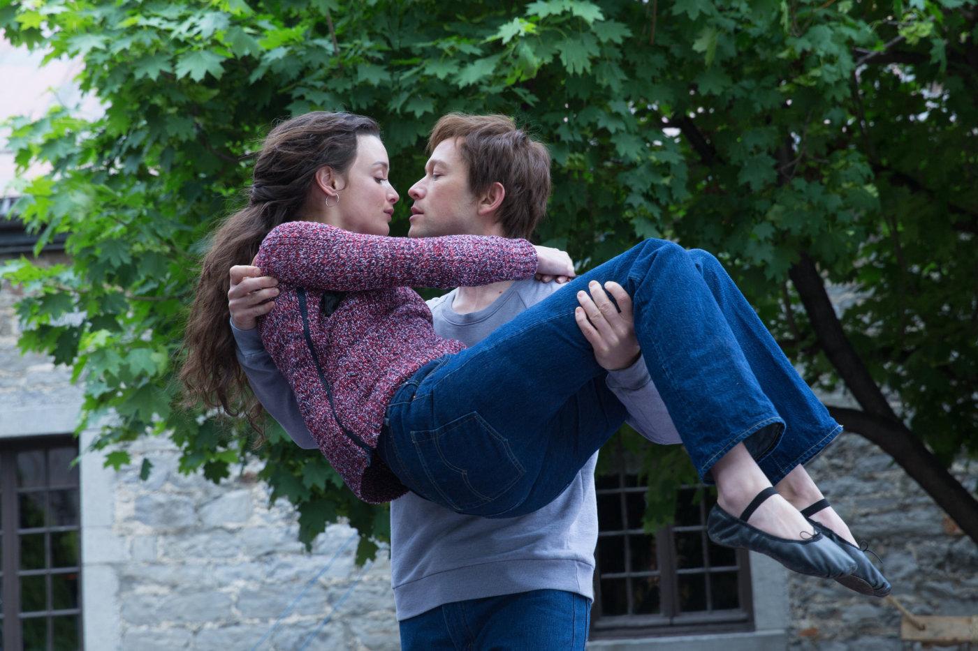 «Прогулка» над бездной: Роберт Земекис представил в столице новый фильм