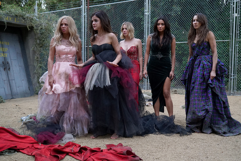 Pretty Little Liars Season 3 - coolseriesvideo