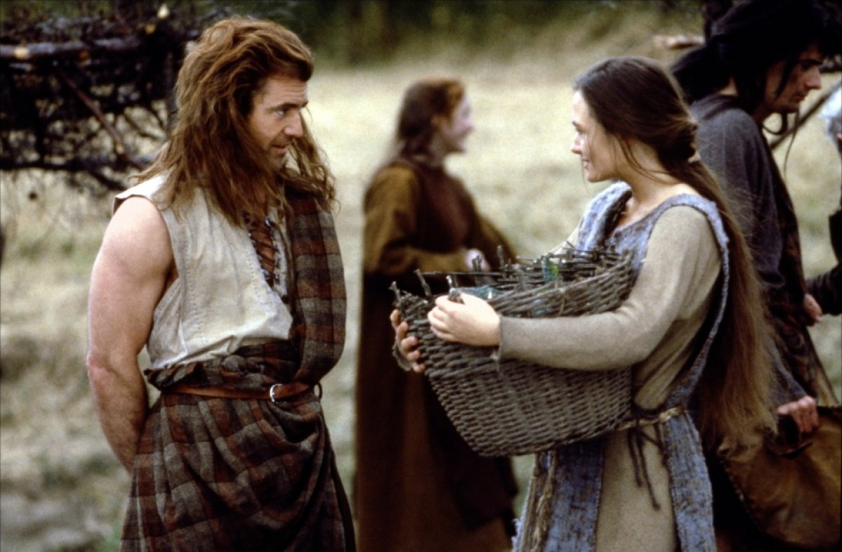 the realistic portrayal of the power struggle between england and scotland in the film braveheart A critique of the film 'braveheart' based on its historical essay braveheart braveheart is a realistic portrayal of the power struggle between england and scotland.