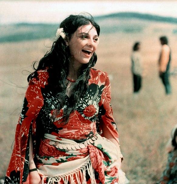 Фильм табор уходит в небо 1975