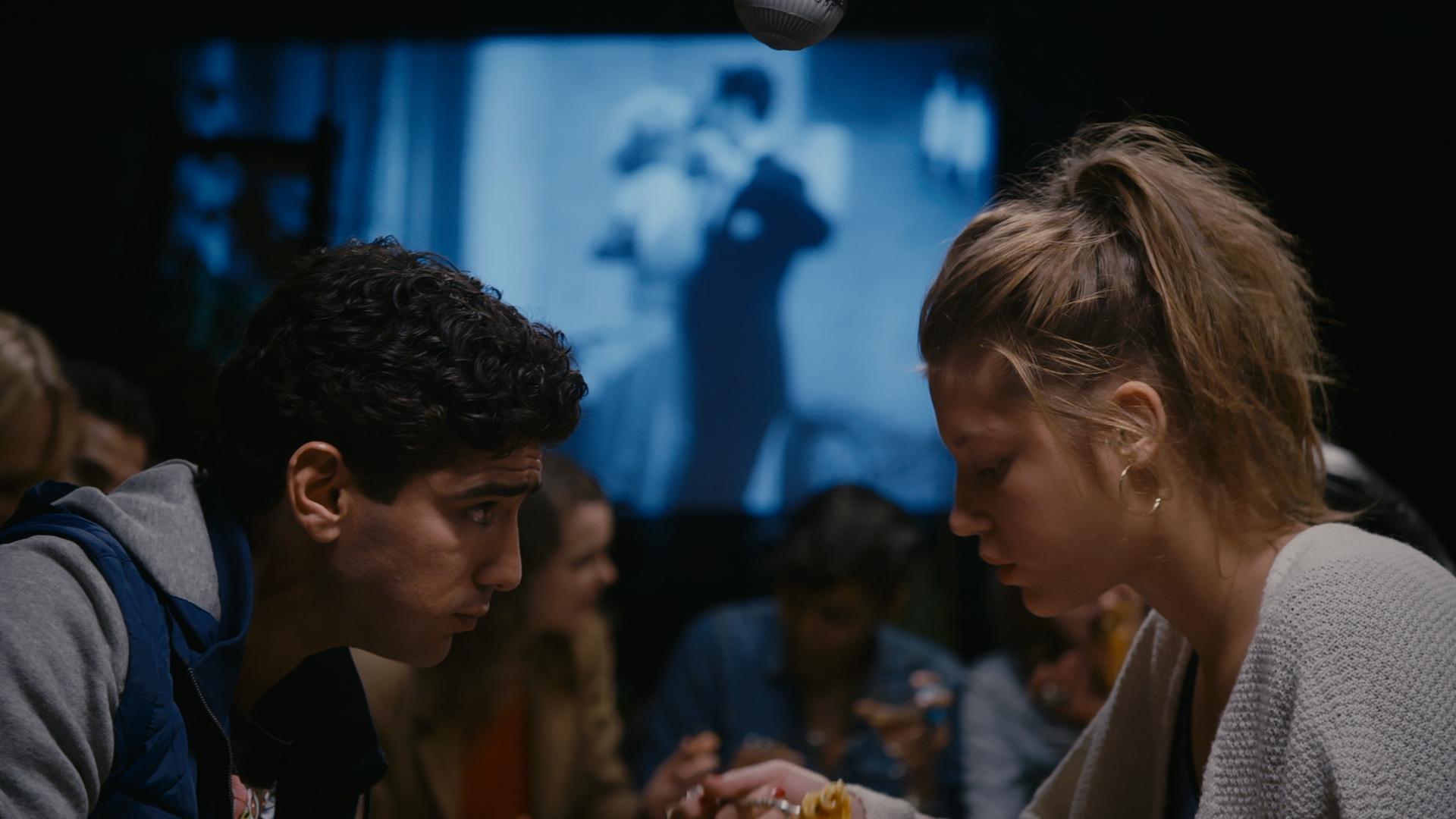 Смотреть онлайн фильм искушение эротика