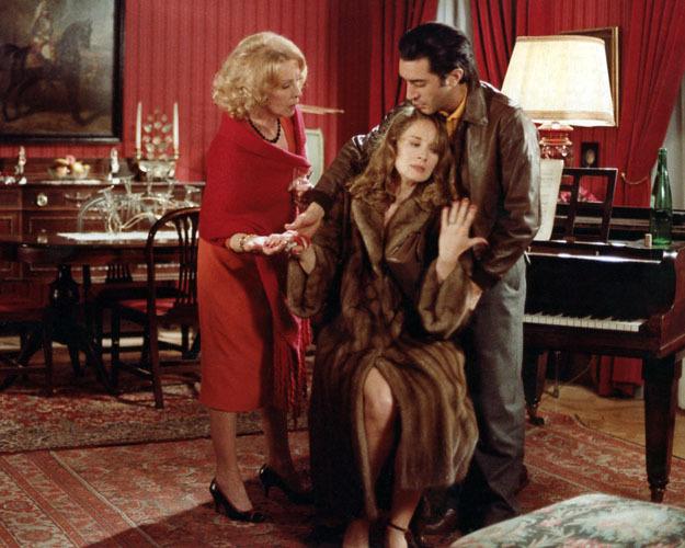 Кадры из фильма Комната в городе (une chambre en ville, 1982