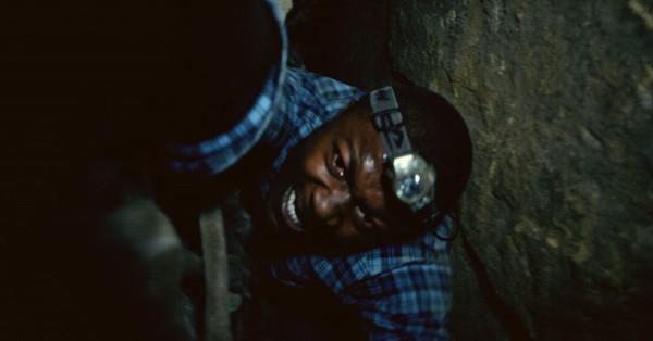 Кадр из фильма париж город мертвых