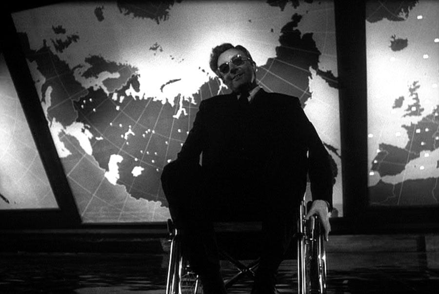 http://www.film.ru/sites/default/files/movies/frames/dr-strangelove-1964-10.jpg height=454