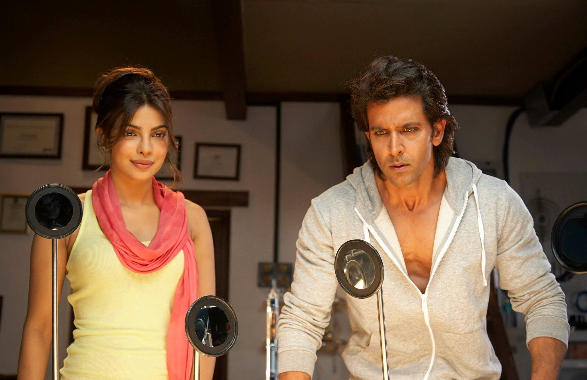 hrithik roshan and priyanka chopra in movie krrish 3 hd - HD 2048×1327