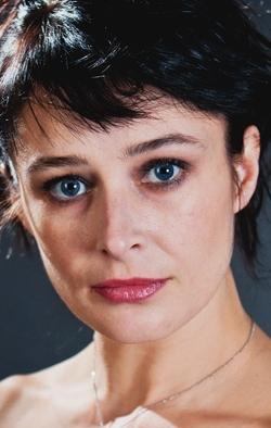 заселении коттедж ирина сидорова актриса фото которые напоминают нераскрывшиеся