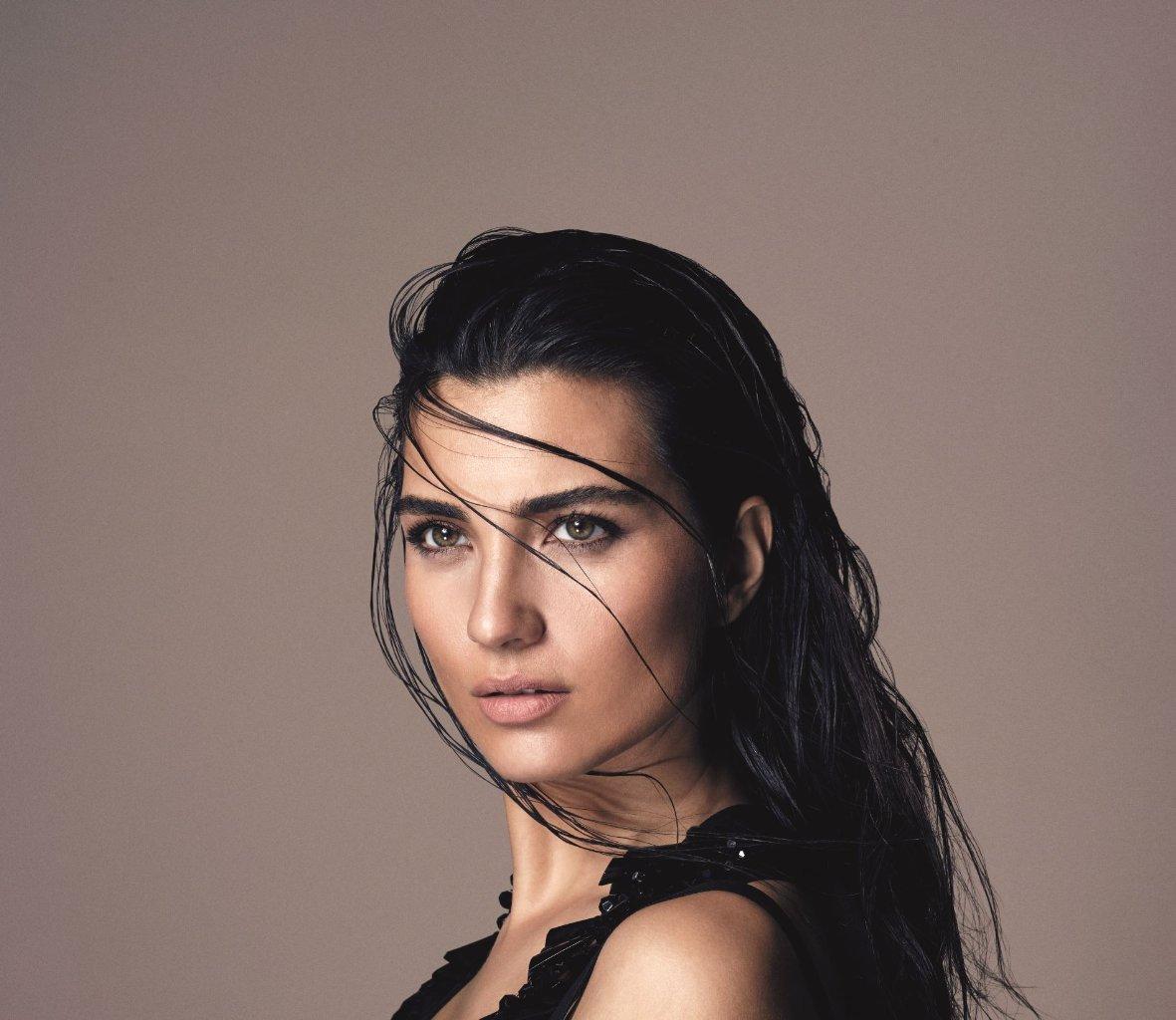 своем турецкая актриса туба буйукустун фото закрепиться этом рубеже