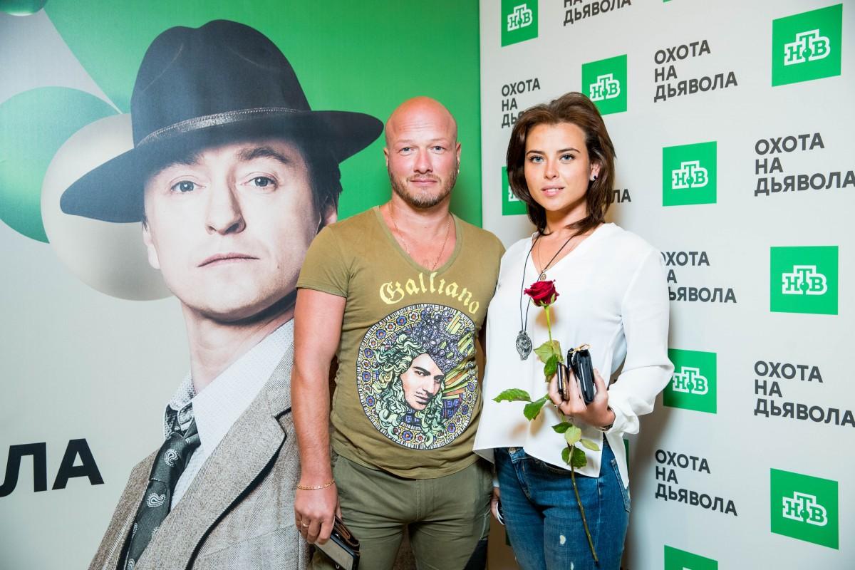 Никита панфилов фото с женой и ребенком