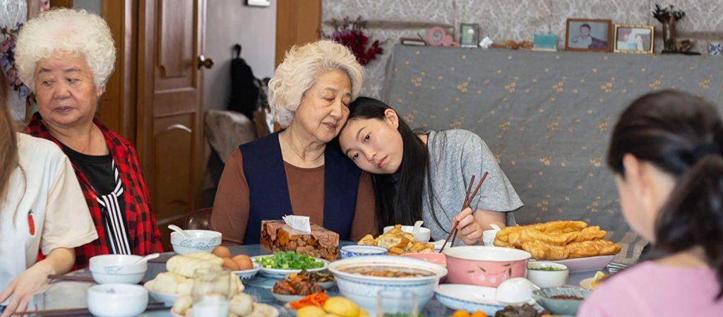 Рецензия на фильм «Прощание»:  честное драмеди про ожидание смерти