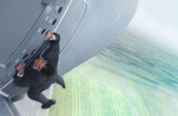 Герой без страха и страховки. Почему Том Круз сам выполняет трюки в фильме «Миссия невыполнима: Нация изгоев» (Борис Иванов, Film.ru)
