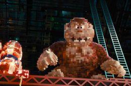 Под китайской пятой. Почему в «Пикселях» пришельцы не напали на Китай (Борис Иванов, Film.ru)