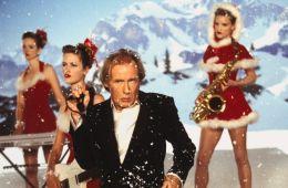 12 способов занять гостей хорошим фильмом в Новый год