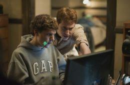 12 threatened cyberpretending in cinema