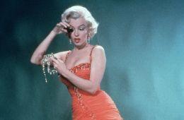 Paint It Black!. 11 знаменитых блондинок Голливуда, удачно примеривших темный цвет волос (Евгений Ухов, Film.ru)
