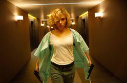 10 сильных сцен в слабых фильмах
