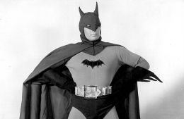 Armor of God. Evolution of Batman's costume on TV and in movies (Eugene Ukhov, Film.ru)